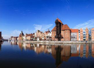 Riverside of Gdansk Nightman1965 - Fotolia