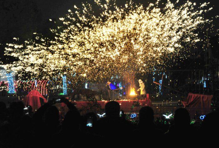 Molten Iron Fireworks Show In Shanghai VCG