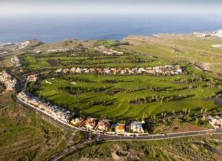 Golf Course near Costa Adeje, Tenerife, Canary Islands, Spain ullstein bild