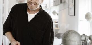 """Morten Ingemann, tegner , """"Striben"""" les kaner"""
